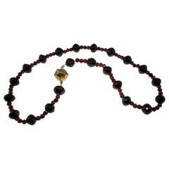 Necklace, Antique, Garnet beads, Gold, Victorian