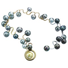 Necklace in 18K Yellow and White Gold, Tahitian Pearls and Diamonds