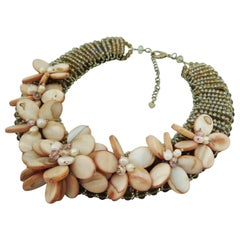 Necklace made of mother-of-pearl, freshwater pearls and Swarovski pearls