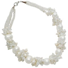 Necklace of freshwater pearls and Swarovski pearls