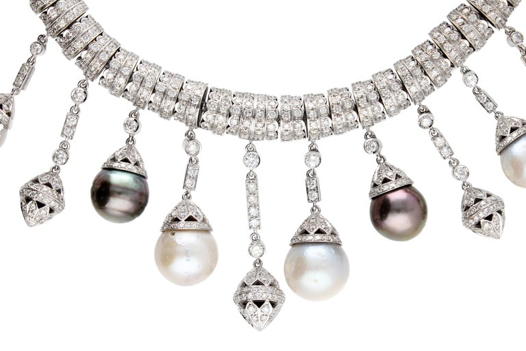 Necklace White Gold and Diamonds, Pendants with White and Black Pearls S.S. For Sale 8