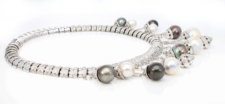 Necklace White Gold and Diamonds, Pendants with White and Black Pearls S.S. For Sale 11