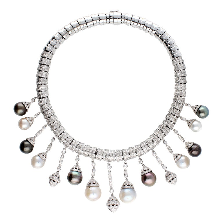 Necklace White Gold and Diamonds, Pendants with White and Black Pearls S.S. For Sale