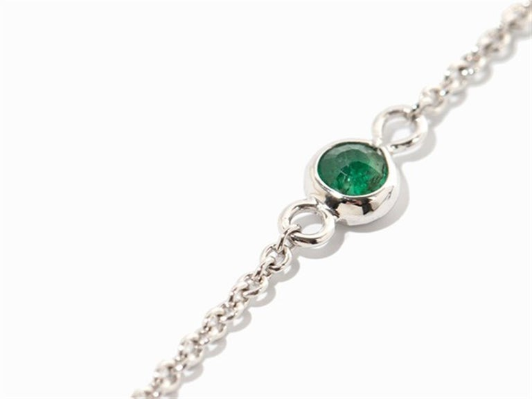 Necklace with Emeralds, 750 White Gold In New Condition For Sale In Bad Kissingen, DE