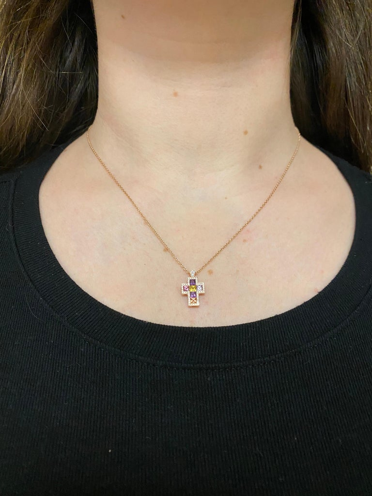 Women's or Men's Necklace with Pendentif Multicolore Cross Saphirs Diamonds Pink Gold For Sale