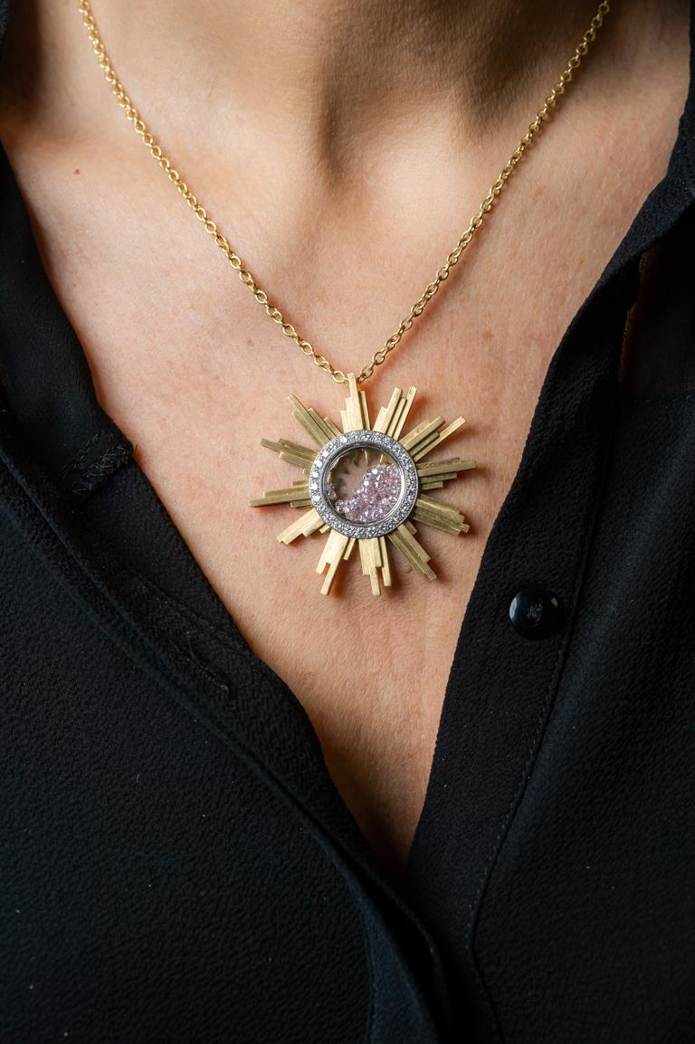 Necklace, Yellow Gold Sun 34 Grams, Diamonds White and Pink 2.27 Carat, Unique For Sale 5