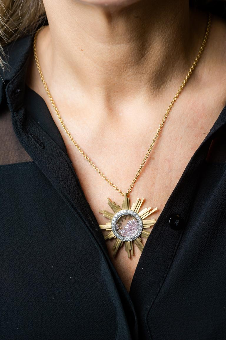 Necklace, Yellow Gold Sun 34 Grams, Diamonds White and Pink 2.27 Carat, Unique For Sale 6