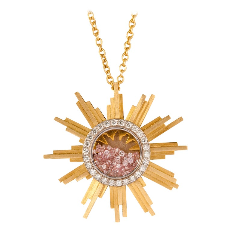 Unique Necklace Sun Shape,  Yellow Gold 34 Grams, Diamonds White and Pink 2.27 Carats. this unique bill necklace in 18 kt yellow gold brushed to be mast . A collection of 5 Unique Médaillons. The chain measures 60 centimeters to wear on a blouse or
