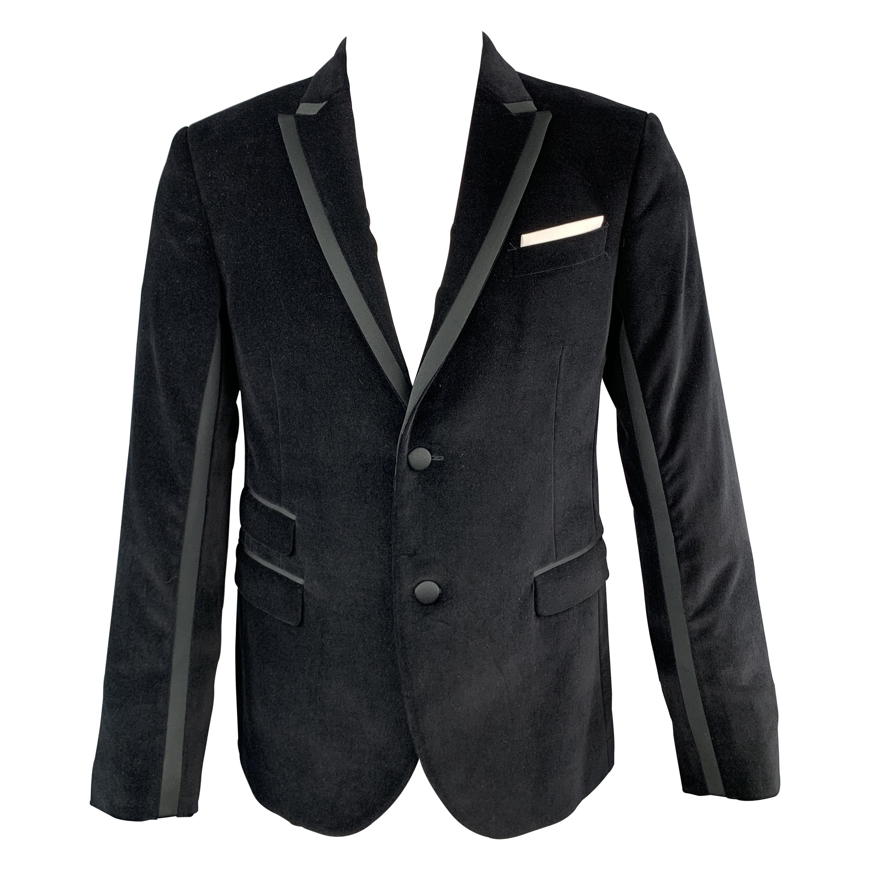 NEIL BARRETT Size 38 Black Solid Velvet Peak Lapel Sport Coat