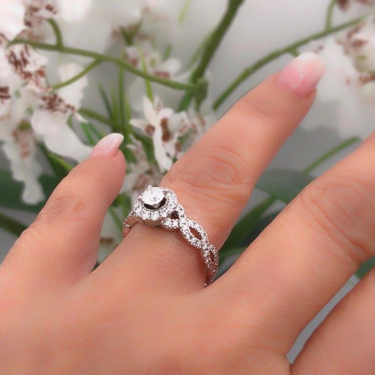 Neil Lane Diamond Engagement Ring Round 1 00 Carat In 14 Karat White Gold For Sale At 1stdibs