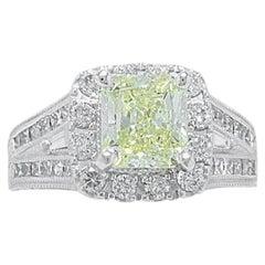 Neil Lane Fancy Yellow Radiant Diamond Engagement Ring 2.75 Carat 14 Karat Gold