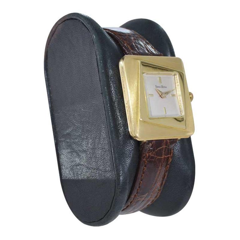 Women's or Men's Neiman Marcus Mid Size Mid Century Wrist Watch in Excellent Original Condition For Sale