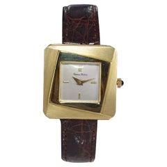 Neiman Marcus Mid Size Mid Century Wrist Watch in Excellent Original Condition