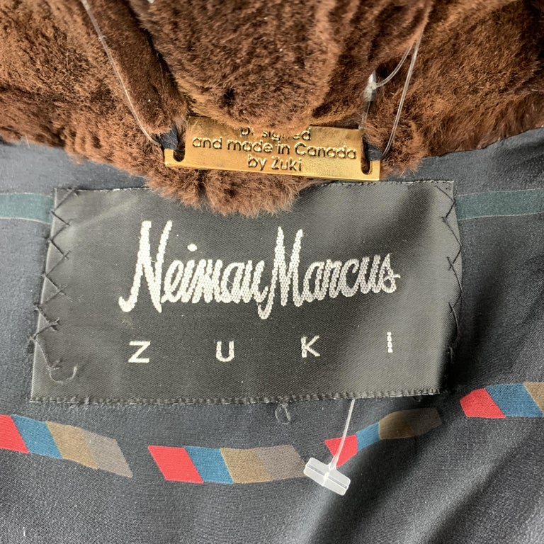 NEIMAN MARCUS ZUKISize L Brown Muskrat Fur Vintage Coat For Sale 4