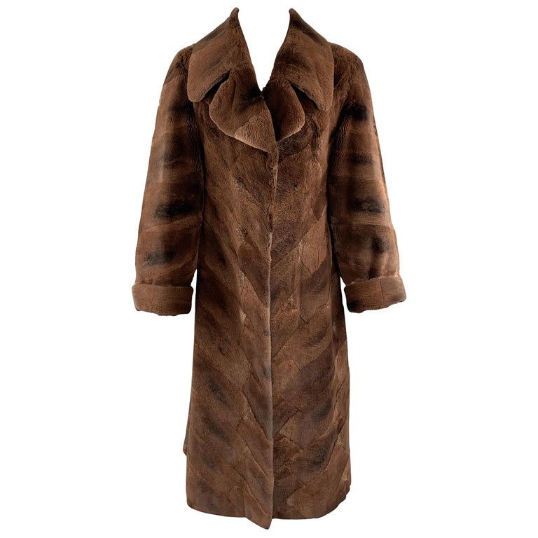 NEIMAN MARCUS ZUKISize L Brown Muskrat Fur Vintage Coat For Sale