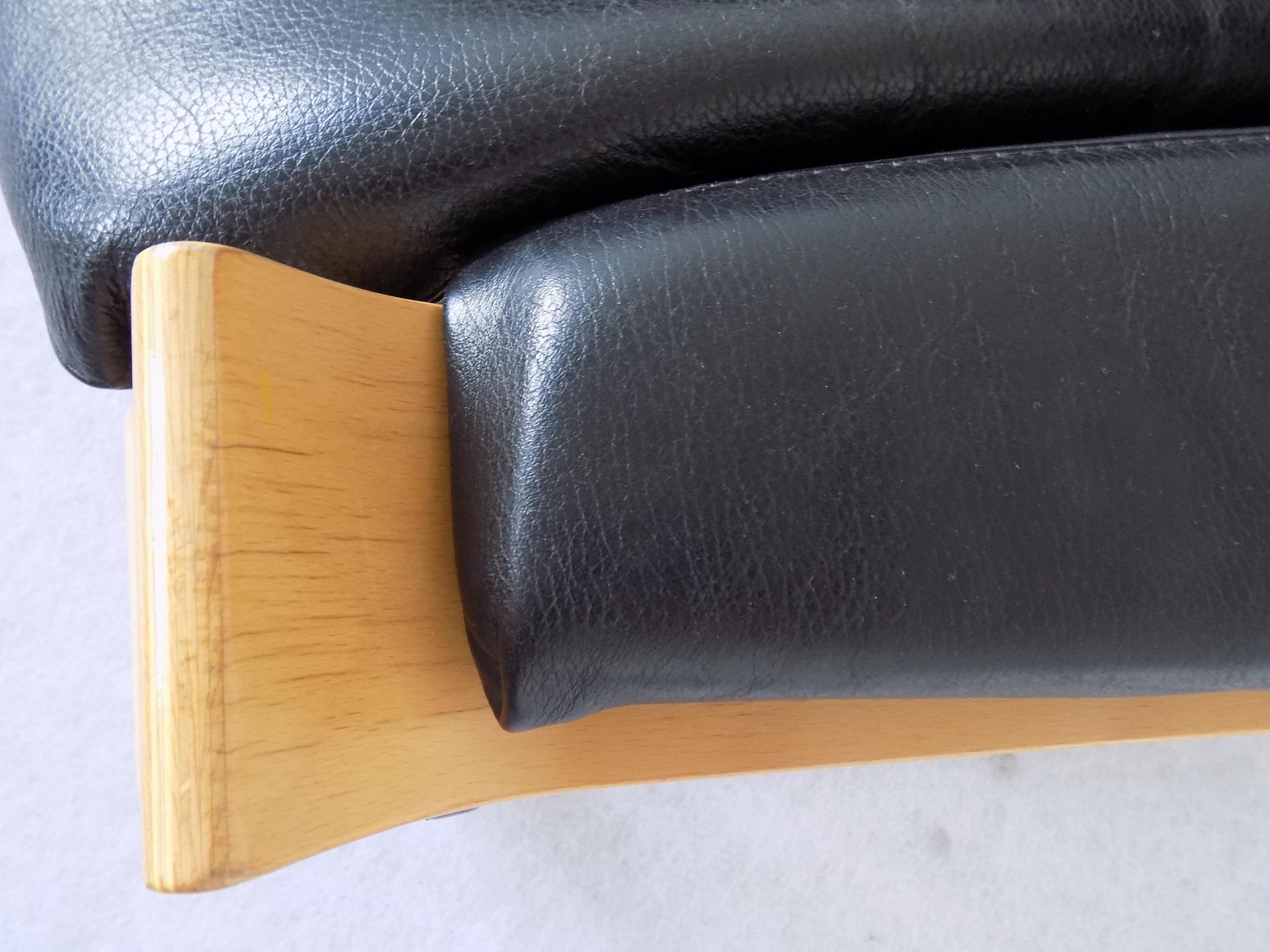 Nelo Kroken Lounge Chair by Ake Frybitter