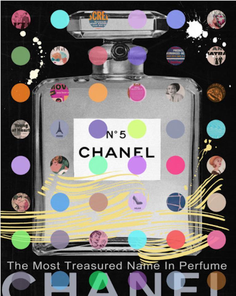 Nelson De La Nuez, Chanel #5: Black Gray Bottle - Painting by Nelson De La Nuez