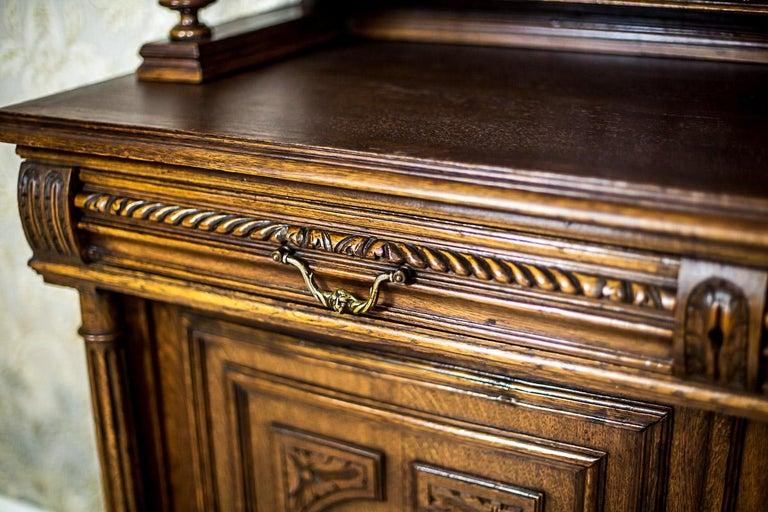 Neo-Renaissance Oak Cupboard, circa 1890 For Sale 2