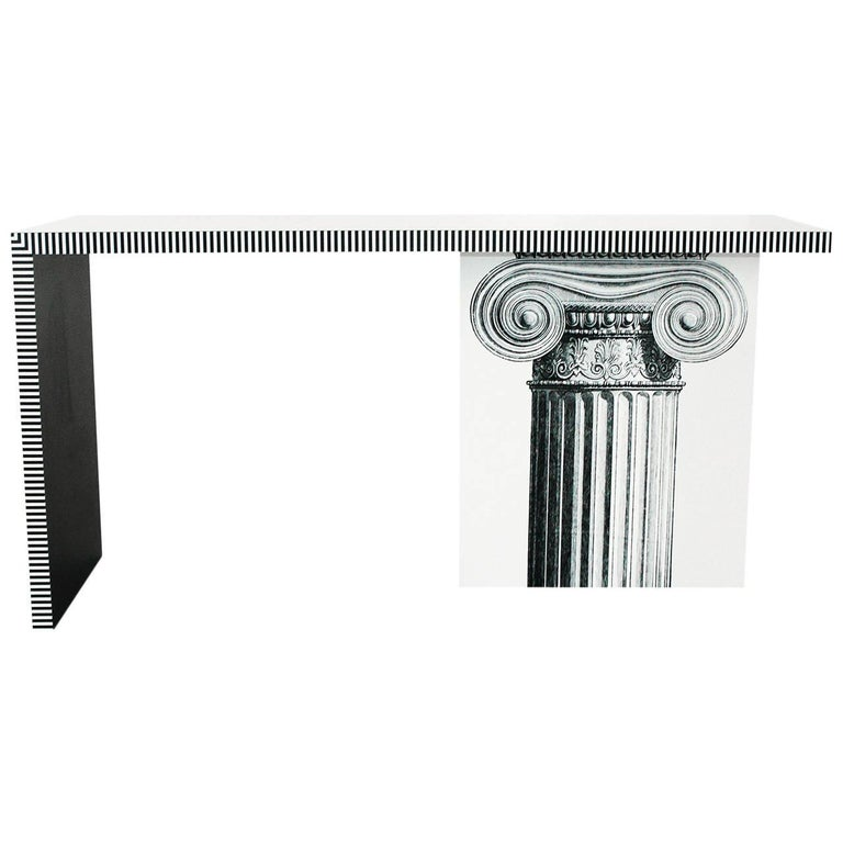 Neoclassic Console Table In Excellent Condition For Sale In New York, NY