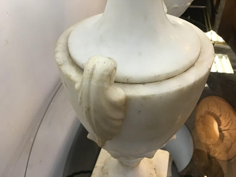 20th Century Neoclassical Alabaster Italian Table Lamps For Sale