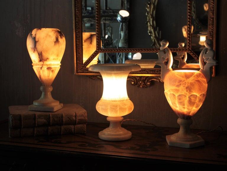 Spanish Neoclassical Art Deco Alabaster Urn Lamp For Sale