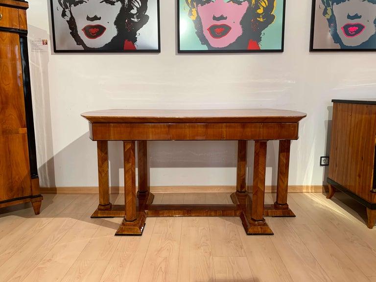 Neoclassical Biedermeier Desk, Cherry Veneer, Six Columns, Austria, circa 1830 For Sale 4