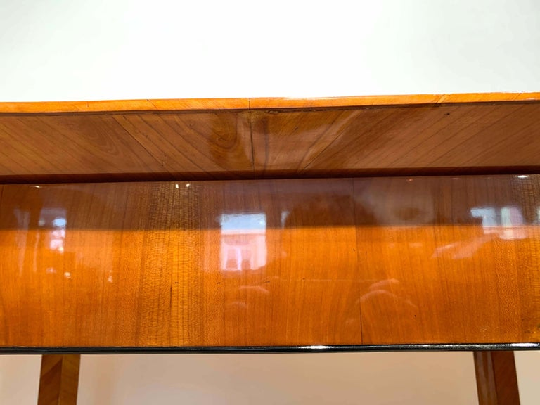 Neoclassical Biedermeier Desk, Cherry Veneer, Six Columns, Austria, circa 1830 For Sale 12