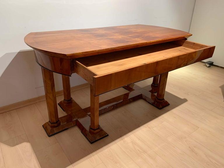 Polished Neoclassical Biedermeier Desk, Cherry Veneer, Six Columns, Austria, circa 1830 For Sale