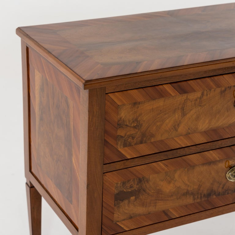 Neoclassical Chest of Drawers, Late 18th Century In Excellent Condition In Greding, DE