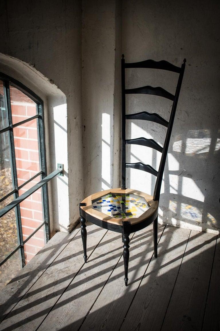Paare Neoklassische hohe Stühle aus Holz, transparentem Harz und farbigen Fliesen 14