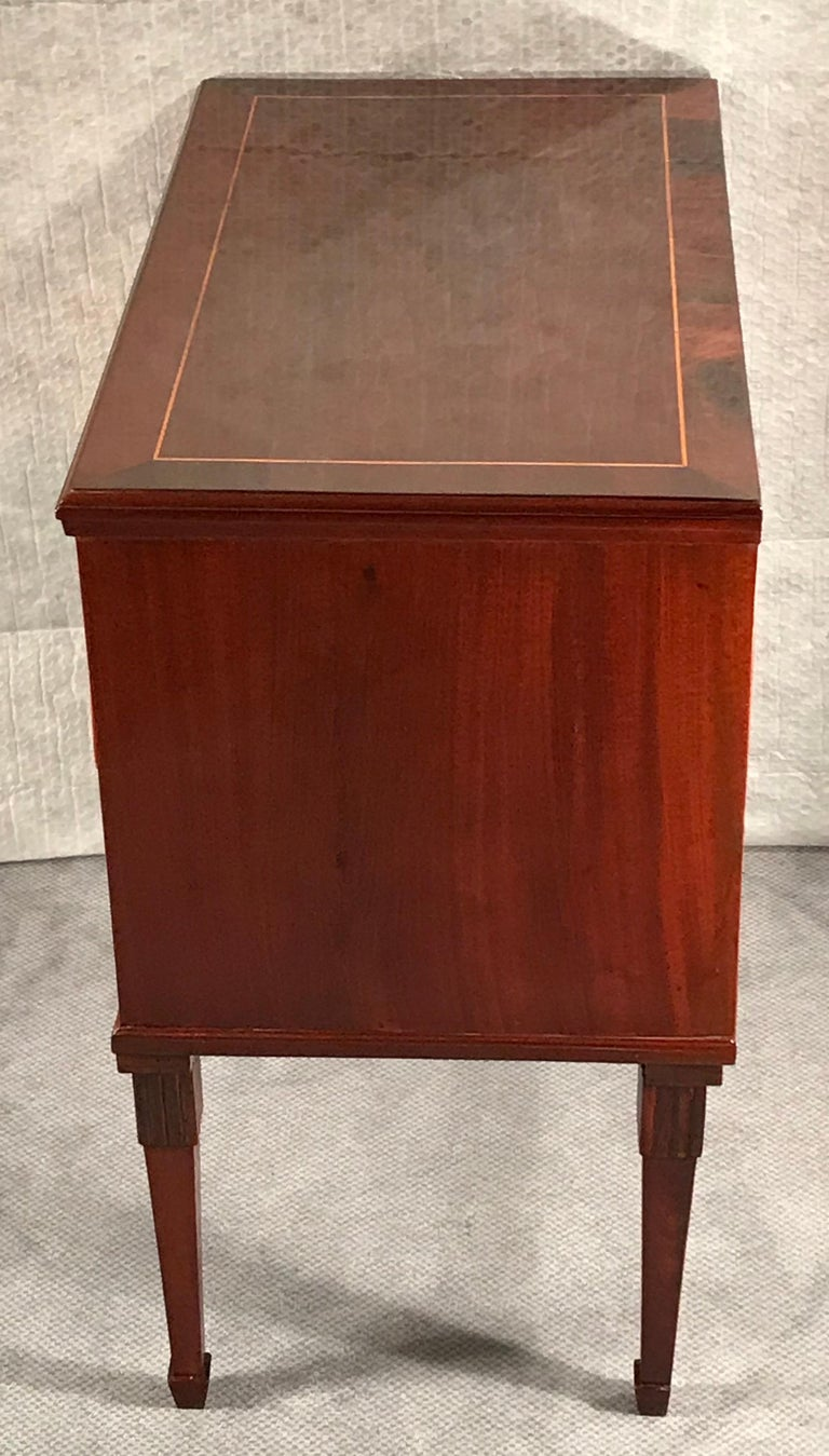Neoclassical Dresser, Northern Germany 1800, Mahogany In Good Condition For Sale In Belmont, MA