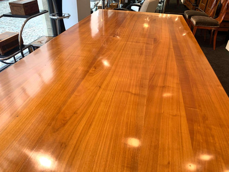 Neoclassical Expandable Dining Table, Cherry Wood, Chestnut, France, circa 1820 For Sale 2