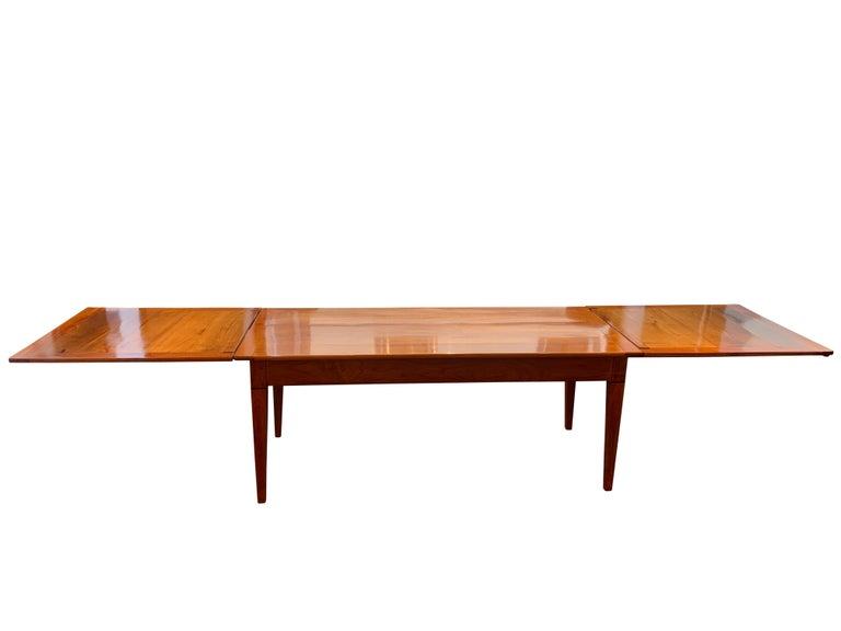 Biedermeier Neoclassical Expandable Dining Table, Cherry Wood, Chestnut, France, circa 1820 For Sale