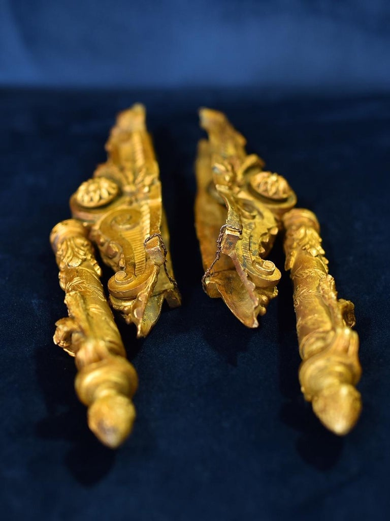 Neoclassical French Door Knockers in Gilded Brass, 1940s For Sale 2