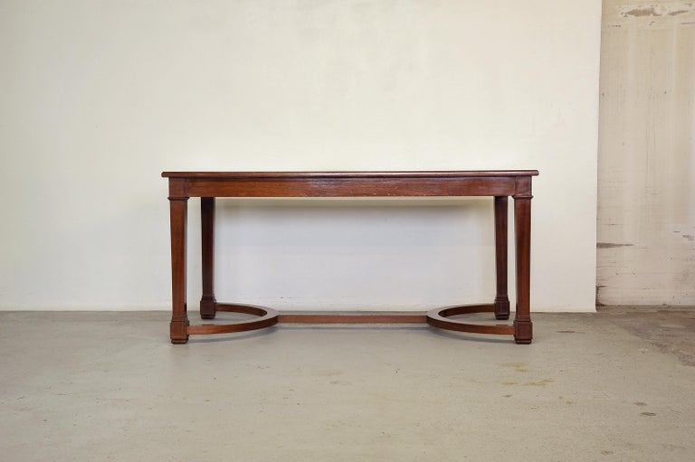 French Neoclassical Mahogany and Leather Desk in the Style of André Arbus, France 1940s For Sale