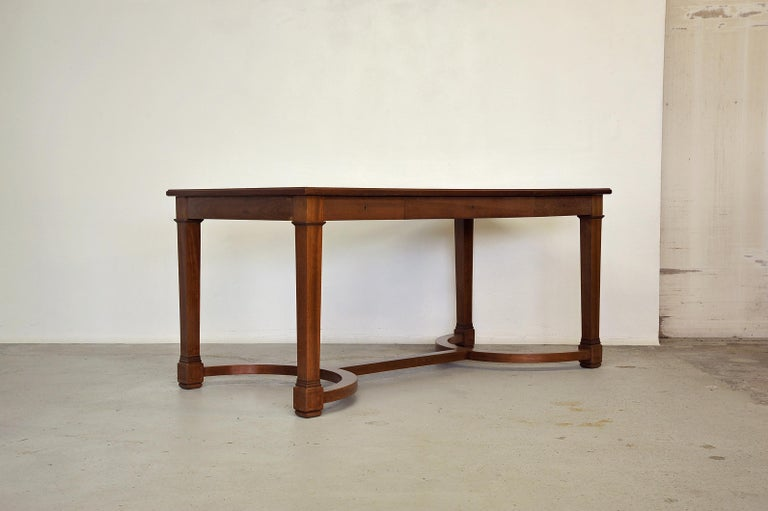 Mid-20th Century Neoclassical Mahogany and Leather Desk in the Style of André Arbus, France 1940s For Sale