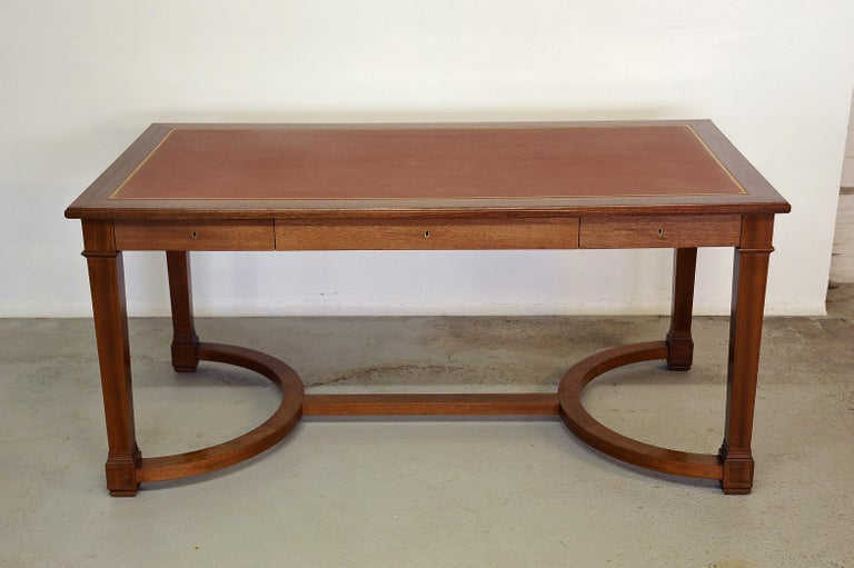Neoclassical Mahogany and Leather Desk in the Style of André Arbus, France 1940s For Sale 2