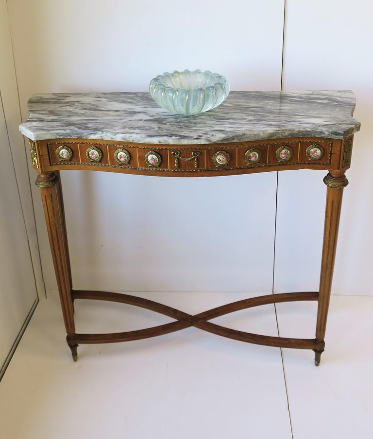 20th Century Neoclassical Marble and Brass Console Table For Sale