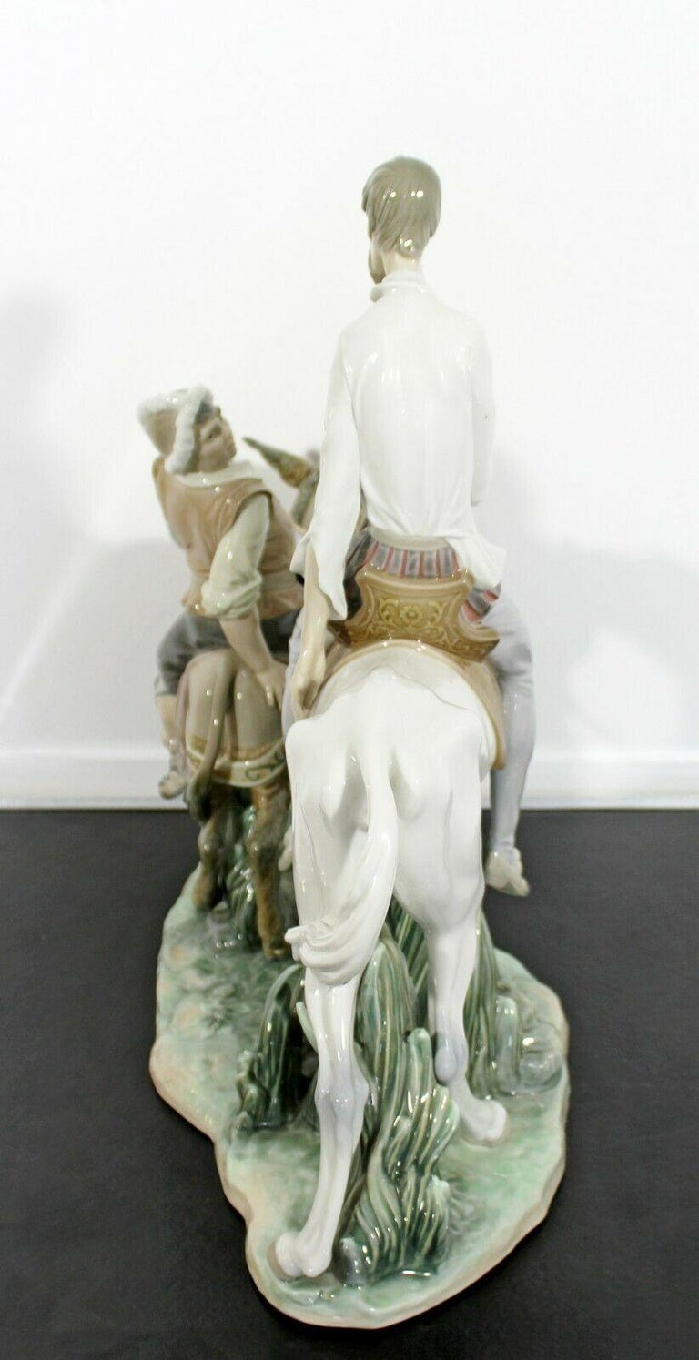 Neoclassical Porcelain Don Quixote Table Sculpture Signed Lladro Spain, 1970s For Sale 3