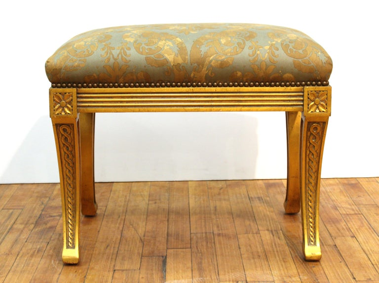 Neoclassical Revival Style Giltwood Bench In Good Condition For Sale In New York, NY