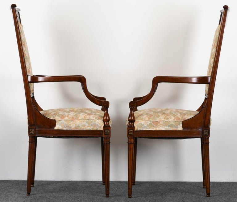 Neoclassical Set of Eight Mahogany Dining Chairs, 1960s For Sale 3