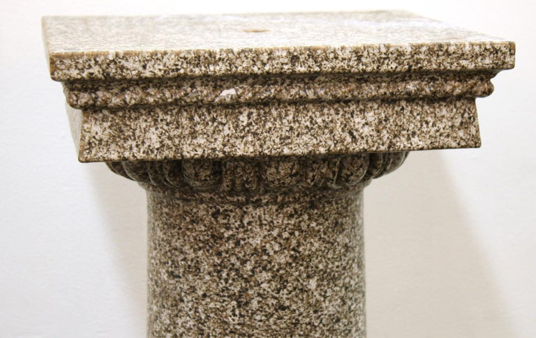 Neoclassical Style Faux-Painted Terracotta Pedestal In Good Condition For Sale In New York, NY