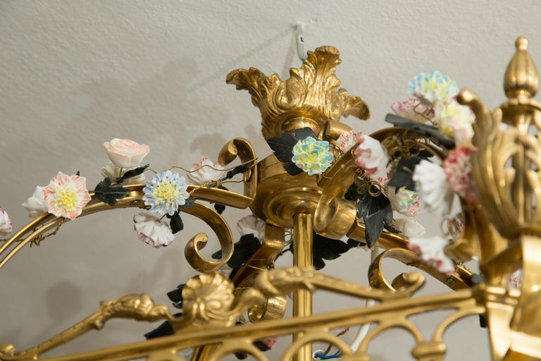 Metal Neoclassical Style Gilt Bronze Chandelier with Porcelain Decoration For Sale