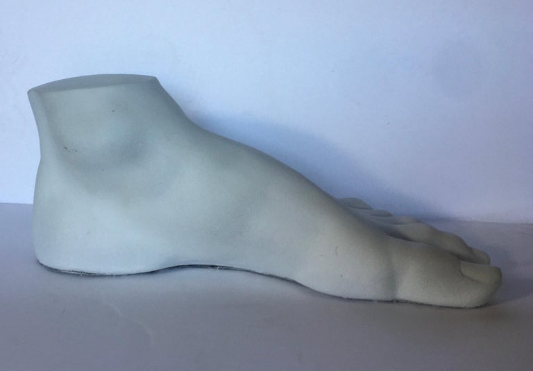 Neoclassical Style Plaster Foot Fragment Sculpture In Good Condition For Sale In Lambertville, NJ