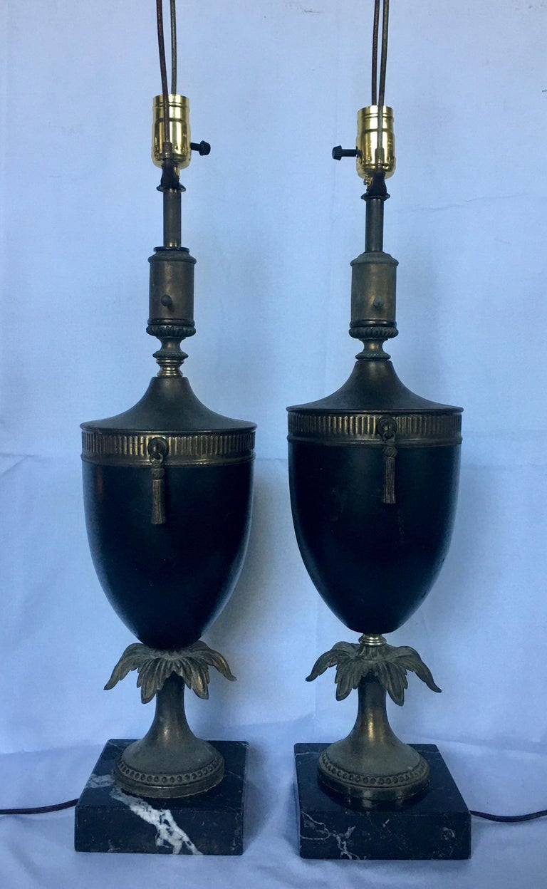 Mid-20th Century Neoclassical Style Tassel Brass and Marble Urn Table Lamps, Pair For Sale