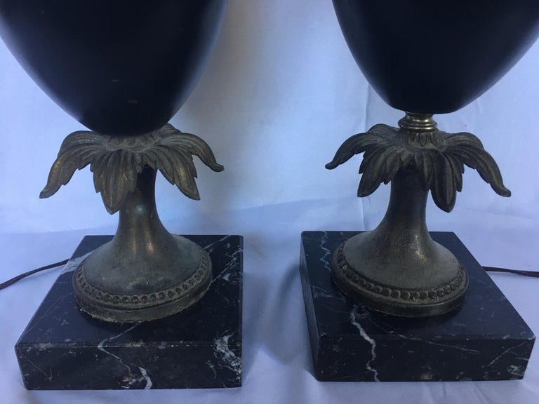 Neoclassical Style Tassel Brass and Marble Urn Table Lamps, Pair For Sale 3