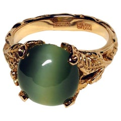 Nephrite Jade 14K Gold Ring Green Cats Eye Effect Chatoyancy Art Nouveau Jewelry