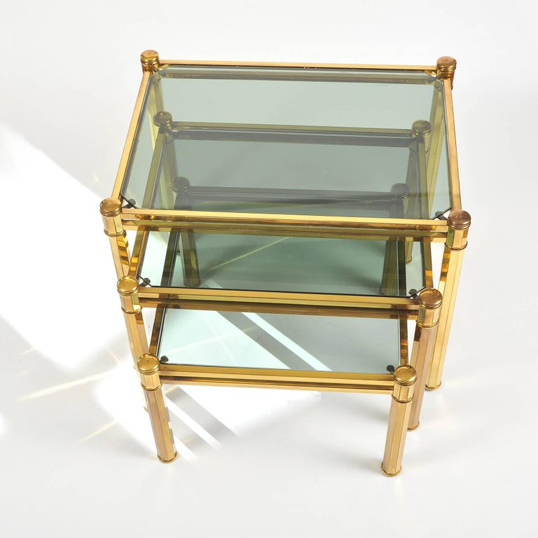Mid-Century Modern Nest of three 1960s Italian Brass Side Tables For Sale