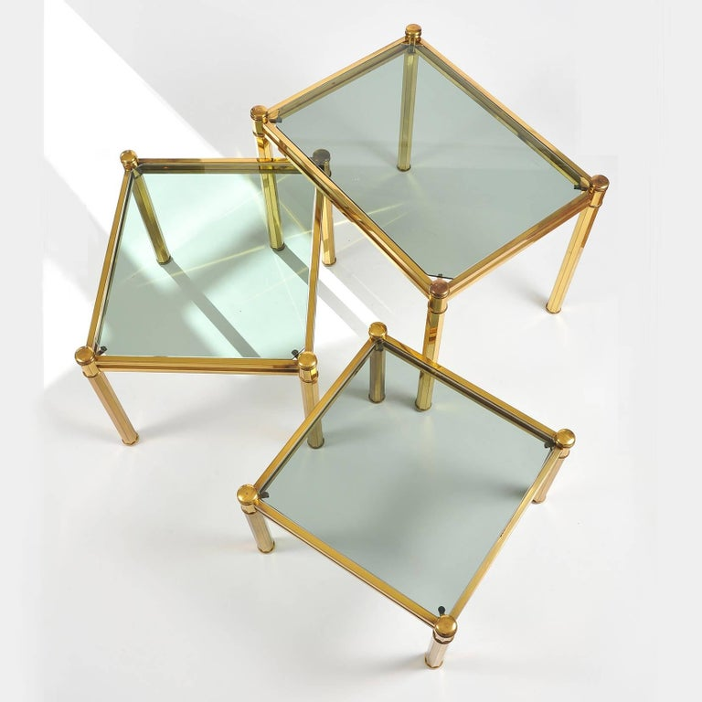 Mid-20th Century Nest of three 1960s Italian Brass Side Tables For Sale