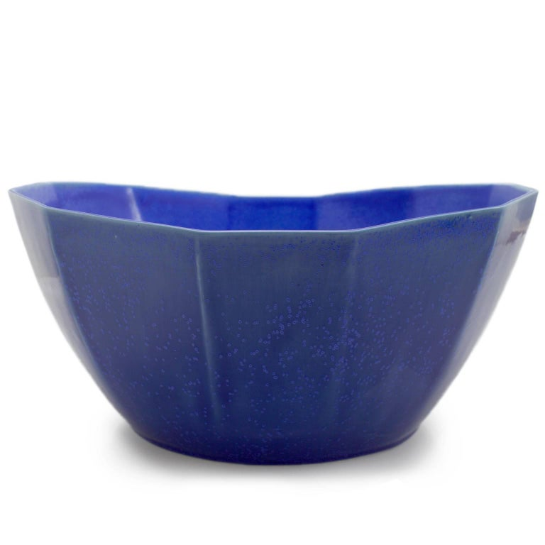 American Nesting Bowl Cobalt Serving Bowl Set Modern Contemporary Glazed Porcelain For Sale